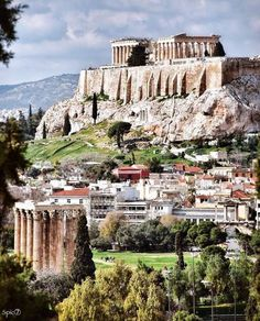 With the right view, solitude can be a glorious choice 😎 Greece is No. 4 on the list of Best Countries to Travel Alone in according to U.S News & World Report 📸 Athens Acropolis, Athens Greece, Great Places, Places To See, Beautiful Places, Places Around The World, Around The Worlds, Greece Travel, Greece Trip