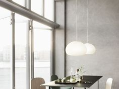 The Muuto Table from Finnish label Muuto was designed by Staffan Holm and is firmly in the tradition of modern Scandinavian design.As with all Muuto produ Grande Table A Manger, Nordic Furniture, Furniture Ideas, Modern Furniture, Danish Furniture, Scandinavian Furniture, Furniture Outlet, Furniture Inspiration, Cheap Furniture