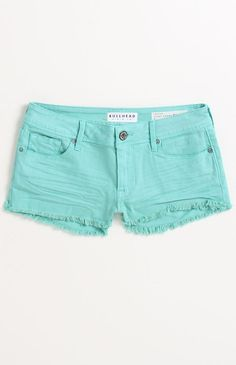 Bullhead bermuda fray hem shorts from Pac Sun. love this color!
