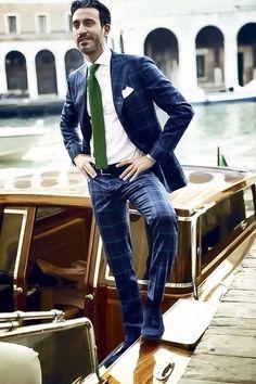 Sartoria Rossi sublime sharp slim fit suit.