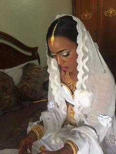 Senegalese Wedding  (credit: Twitter account sénegal et sa beauté @songue96) #TheAfricaTheMediaNeverShowsYou