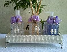 Sink Set with Pearl Tray Source by The post Sink Set with Pearl Tray appeared first on Soap. Bottles And Jars, Perfume Bottles, Centerpieces, Table Decorations, Baby Shower Parties, Shower Party, Soap Making, Decoupage, Decorative Boxes