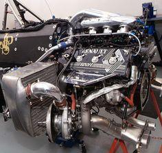 Renault V6 pre-hybrid F1 engine, c.appx2013. Lotus F1, Bike Engine, Motor Engine, F1 Racing, Road Racing, Megane Rs, Classic Race Cars, Performance Engines, Race Engines