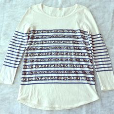 J. Crew Tunic/Tee XS/S Sequin Stripe J. Crew sequin stripe top in size XS (fits more like a small unless you want a really loose fit). In pre-owned condition only showing normal usage. No stains/flaws/etc! J. Crew Tops Tunics