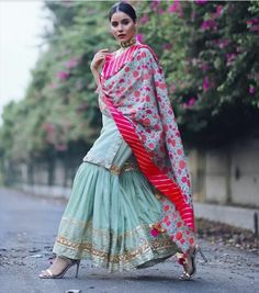 Fun and Love Filled Amazing Festive Season Outfit Idea - AwesomeLifestyleFashion A beautiful Pink Lehenga with Shirt Th. Shadi Dresses, Pakistani Dresses, Indian Dresses, Dress Indian Style, Indian Look, Ethnic Outfits, Indian Outfits, Stylish Dresses, Fashion Dresses