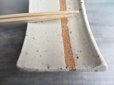 Sushi plate small ceramic Sushi plate pottery spoon by toscAnna Ceramic Spoons, Ceramic Plates, Pottery Plates, Ceramic Pottery, Sushi Comida, Sushi Platter, Organic Ceramics, Pottery Handbuilding, Mugs