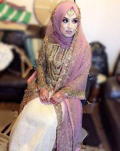 Hijabi Wedding, Muslimah Wedding Dress, Asian Wedding Dress, Hijab Style Dress, Muslim Wedding Dresses, Hijab Bride, Muslim Brides, Hijab Chic, Desi Wedding