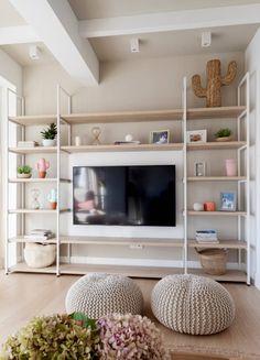 Antes y Después: un piso en Bilbao que ha dado un cambio espectacular Home Room Design, Home Office Design, Home Office Decor, Living Room Designs, Dark Home Decor, Quirky Home Decor, Cheap Home Decor, Spacious Living Room, Living Room Tv