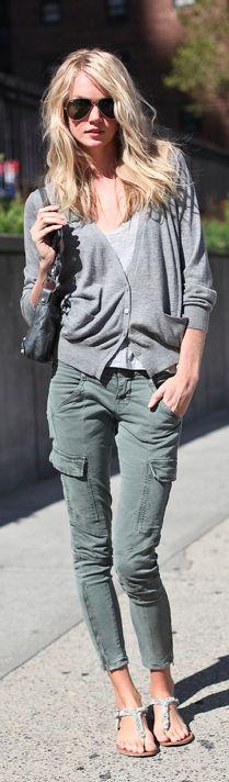 cute casual style. I like the pants.
