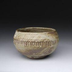 Artist: Warren MacKenzie, Title: Light Grey Bowl w/ Lines - click on image to enlarge