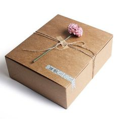 Kraft Boxes / Large / Plain / Box with Lid - A Size: x x in. x x cm) - B Size: x x in. x x cm) - Material: Kraft Paper - Component: 5 Boxes - Note! Jewelry Packaging, Gift Packaging, Homemade Gift Bags, Large Gift Boxes, Useful Origami, Simple Origami, Kraft Gift Boxes, Origami Box, Paper Hearts