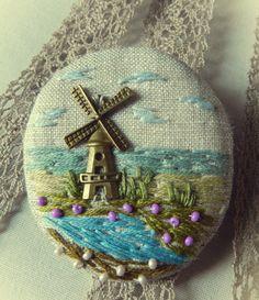 linen with embroidery brooch Брошь пейзажная. Вышивка на льне