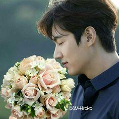 So in love with Lee Min Ho 💕 Lee Dong Wook, Lee Jong Suk, Ji Chang Wook, Boys Over Flowers, Flower Boys, Asian Actors, Korean Actors, Dramas, Lee Min Ho Kdrama