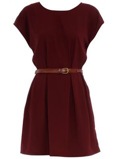 I would love more simple, solid-colored dresses like this. -SG  www.dorothyperkins.com
