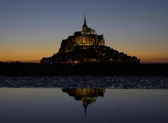 Ogni anno Mont-Saint-Michel accoglie più di 3 milioni di turisti #UnaSettimanaUnSito #ViaggiFrancia #RDVFrance
