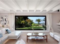 Classy Modern frontline Golf Villa Located in a quiet area, frontline golf #high quality kitchen with sea views # large garden  #large private pool Construction year: 2000 #Plot: 3000 m2 Surface: 500 m2 #Rooms: 5 Toilets: 6 www.m2marbella.es
