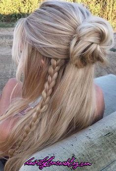 53 Latest Casual Hairstyles for 2019 – Get Your Inspiration TODAY! 53 Latest Casual Hairstyles for 2019 – Get Your Inspiration TODAY!,Hair Styles❤ 53 Latest Casual Hairstyles for 2019 – Get Your Inspiration TODAY! Latest Short Hairstyles, Trending Hairstyles, Summer Hairstyles, Diy Hairstyles, Casual Hairstyles For Long Hair, Pretty Hairstyles, Drawing Hairstyles, Blonde Hairstyles, School Hairstyles