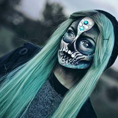 Crystal Skull for Mind-Blowing Halloween Makeup Looks