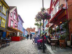 La calle Øvre Holmegate o la calle de los colores en #Stavanger Noruega #Norway