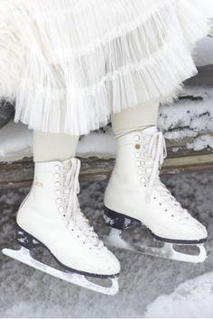 Skates and tulle skirt. Skates, Boots, Winter, Pretty, Beauty, Fashion, Skating, Crotch Boots, Winter Time
