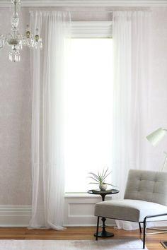Dicas de Decoração para Nerds • Cortina pula brejo não rola. Vem ver como pendurar cortinas do jeito certo.