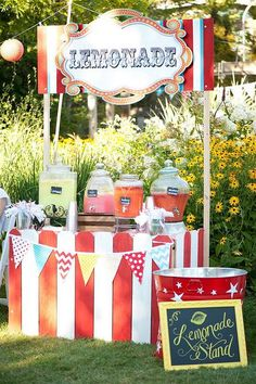 Love the lemonade stand, the popcorn station, candy bar, etc... Beautiful, fun, creative wedding!