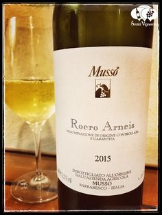 2015-musso-roero-arneis-piedmontitaly-white-front-label-wine-review-social-vignerons