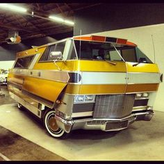 Oldsmobile Starstreak Motorhome *Put this one in the Badass file ; Vintage Motorhome, Vintage Rv, Vintage Caravans, Vintage Travel Trailers, Vintage Campers, Ford Motorhome, Classic Campers, Classic Trucks, Bus Camper