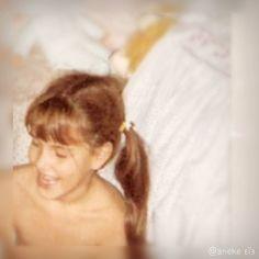 La infancia es la más bella de todas las estaciones de la vida.  x1.000  Se echa mucho de menos    miniyo con 7 primaveras  by anekeweb