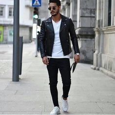 Men's Jacket Style Guide. The cold months are coming and it is nearing the time to take out your winter clothes. Stylish Mens Fashion, Fashion Moda, Men's Fashion, Fashion Trends, Fashion Vintage, Fashion Dresses, Fashion Tips, Casual Outfits, Men Casual