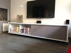 """Do-it-yourself: floating modern TV stand by Neo-Eko.   Zelfbouw TV meubel ArturoXL door Ronald:  """"Ik ben erg tevreden met mijn tv meubel. Duidelijke omschrijving en erg leuk om te maken."""""""