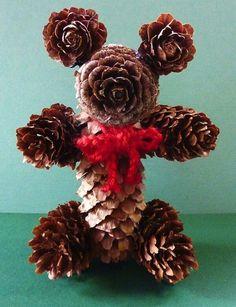 Beer Decorations, Pine Cone Decorations, Decoration Noel, Pine Cone Art, Pine Cone Crafts, Acorn Crafts, Xmas Crafts, Pinecone Crafts Kids, Pinecone Decor