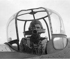 Top gun turret Dorsal gun turret on a Finnish (British production) Bristol Blenheim twin-engine light bomber, firing to the rear. Navy Aircraft, Ww2 Aircraft, Military Aircraft, Luftwaffe, Bristol Blenheim, Gun Turret, Royal Air Force, Royal Navy, War Machine