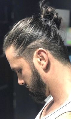 45 Long Haircuts for Men to Spot with Dignity TOP PICKS) For 2019 Related Post Top 10 Low-Maintenance Short Bob Cuts for Thick Ha. Cabelo: Long Bob Hair Ridiculous Medium Length Haircuts with Bangs in Wedding Hairstyles For Long Hair Women's Man Bun Undercut, Undercut Long Hair, Long Hair Beard, Medium Hair Cuts, Long Hair Cuts, Long Hair For Men, Hair And Beard Styles, Curly Hair Styles, Mens Long Hair Styles