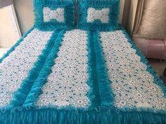 Motifli dantel yatak örtüsü