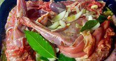 Σπιτικές παραδοσιακές συνταγές, μαγειρικής - ζαχαροπλαστικής, της γιαγιάς. Diy And Crafts, Pork, Food And Drink, Beef, Pork Roulade, Pigs, Steak, Pork Chops