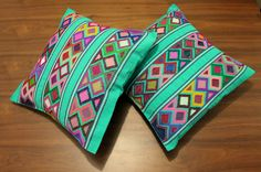 Un favorito personal de mi tienda Etsy https://www.etsy.com/mx/listing/273543686/hand-embroidered-cushion-cover-from