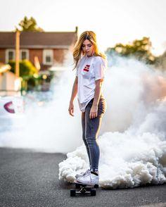Smoke Bomb Photo Idea With Skateboard Smoke Bomb Photography, Self Portrait Photography, Tumblr Photography, Creative Photography, Photography Poses, Digital Photography, Artistic Photography, Photography Degree, Fashion Photography