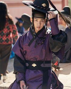 Jang Jang, Dramas, Handsome Korean Actors, Kim Sohyun, Kdrama Actors, Anime Outfits, Drama Movies, Fashion History, Korean Singer