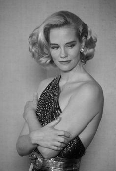 "Cybill Shepherd (a lasting impression: The Last Picture Show, The Heartbreak Kid, Taxi Driver, Chances Are, ""Moonlighting"", Which Way Home, ""Cybill"", Listen to Your Heart...)"