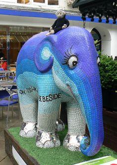 Mooch monkey at the London Elephant Parade - 181 Kubella - The Seaside Elephant