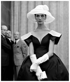 Model Simone D'Aillencourt in a dress by James Galanos. Photo: Nina Leen, 1959.