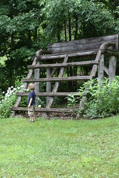 very way cool! would love to have this bench in my future backyard!! Grandson would love it...