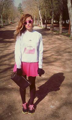 aire retro sweatshirt