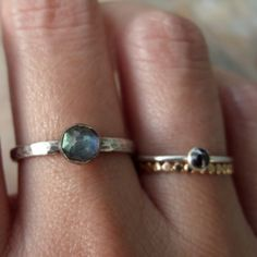 Hey, I found this really awesome Etsy listing at https://www.etsy.com/listing/205443536/5mm-rose-cut-labradorite-stacking-ring