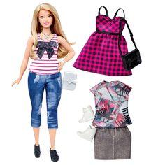 """F-i-n-a-l-m-e-n-t-e! Após 57 anos de existência, parece que a Barbie cansou de ser alta, loira, de olho claro e surrealmente magra. Em 2016, ela tanto podeser """"alta"""", como """"petite"""" e """"com curvas"""". Como qualquer mulher. A nova coleção de bonecas foi anunciada nesta quinta-feira, dia 28, e estará disponível no B..."""