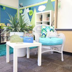 Drooling over this amazingly organized and happy classroom!