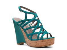 Miida Spana Rondell Wedge Sandal it is sappose to be black in color.