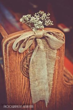 Country chic wedding decor. Easy Use satin, wedding colors with baby's breath
