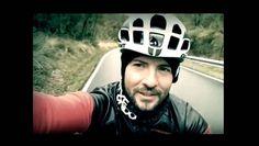 Todos lo conocemos por su música y su carisma, uno de los cantantes españoles con más exito a nivel mundial, pero sabías que antes de ser cantante, debutó como ciclista juvenil en un equipo español? Hoy día sigue montando bicicleta como hobbie y estilo de vida. Él es, el gran DAVID BISBAL @davidbisbal !! Esta estrella se une al reto de Océano a Océano y pedaleará junto a ti y más de 3,000 personas en Panamá el próximo 19 de Marzo, 2017 !!!  Qué honor poder anunciarles esta ...